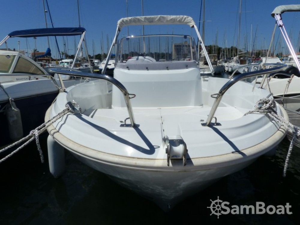 Location yacht à Saint-Cyprien - Jeanneau Cap Camarat 5.5 CC Serie 2 sur SamBoat