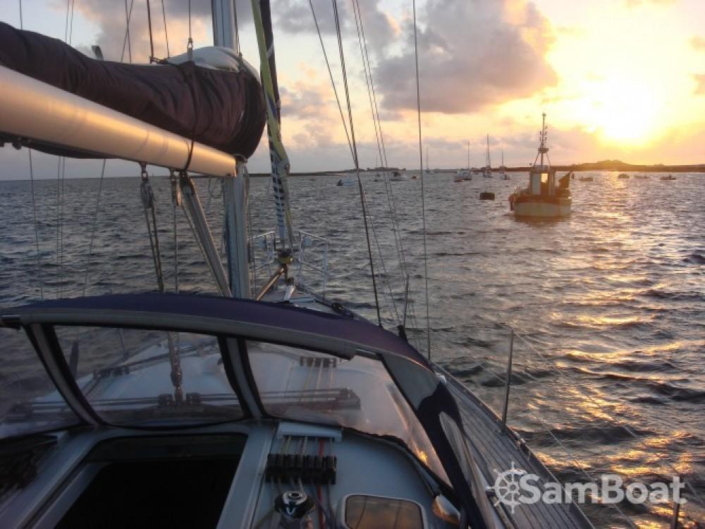 Louer Voilier avec ou sans skipper Bénéteau à Arradon
