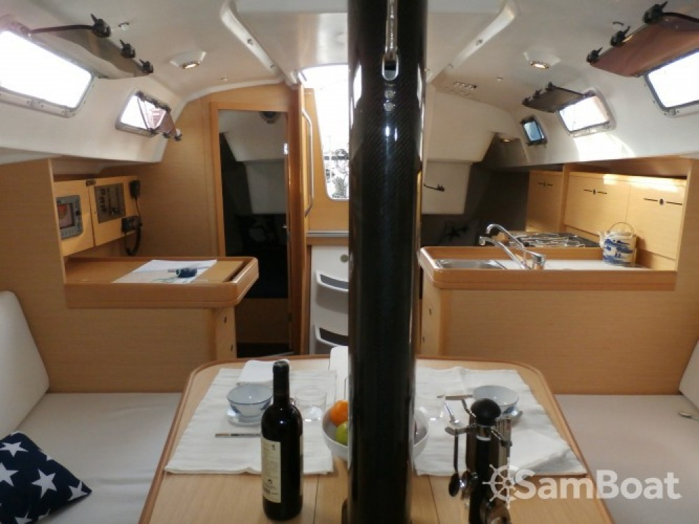 Yacht-Charter in Palamós - Bénéteau First 34.7 auf SamBoat