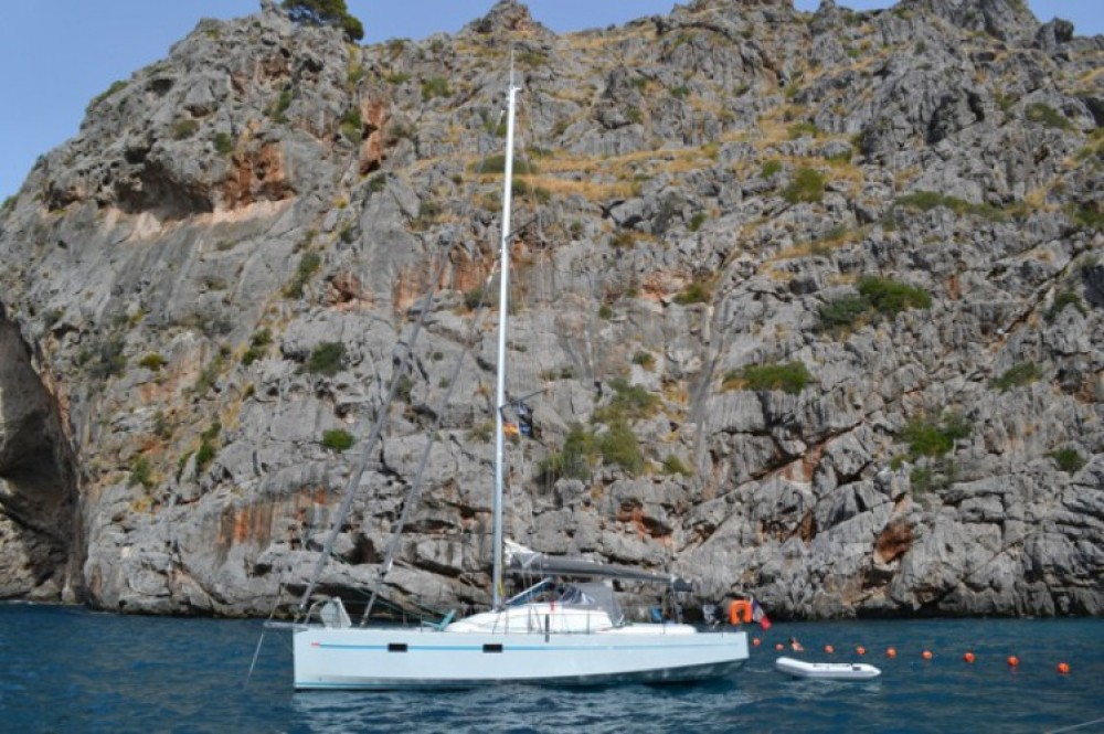 Jachthuur in Athene - Fora Marine RM 10.60 biquille via SamBoat