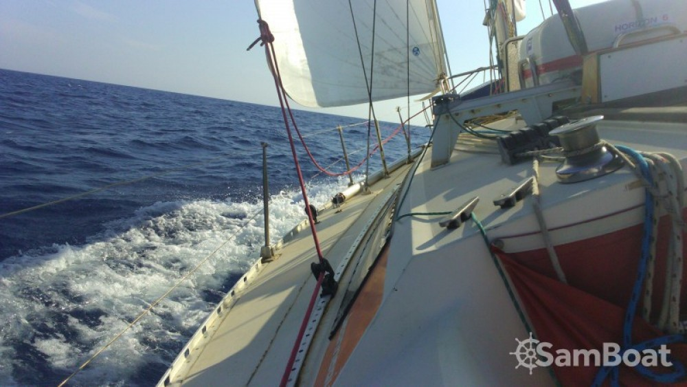 Location bateau Jeanneau Sun Fizz à Porto-Vecchio sur Samboat