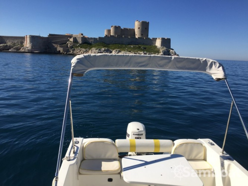 Rental Motor boat in Marseille - Mls Storia