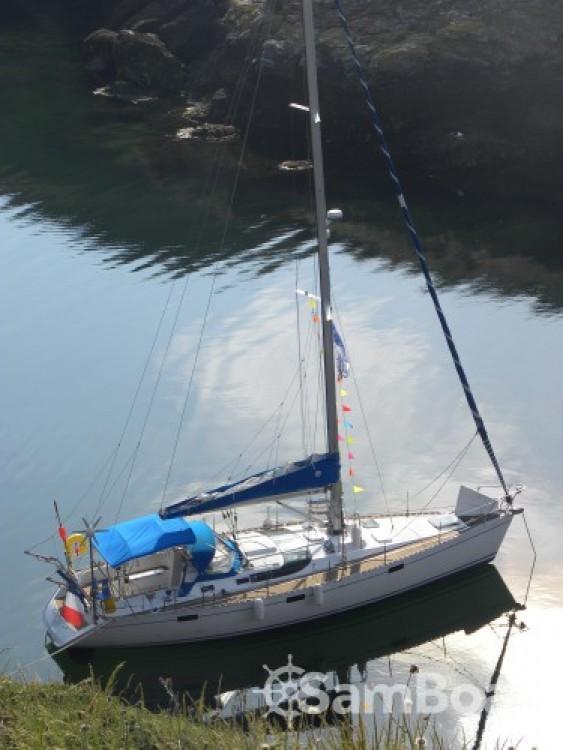 Louez un Bénéteau Oceanis 430 à Port Chantereyne