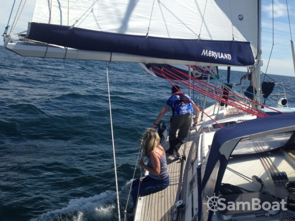 Hire Sailboat with or without skipper Bénéteau Arzal