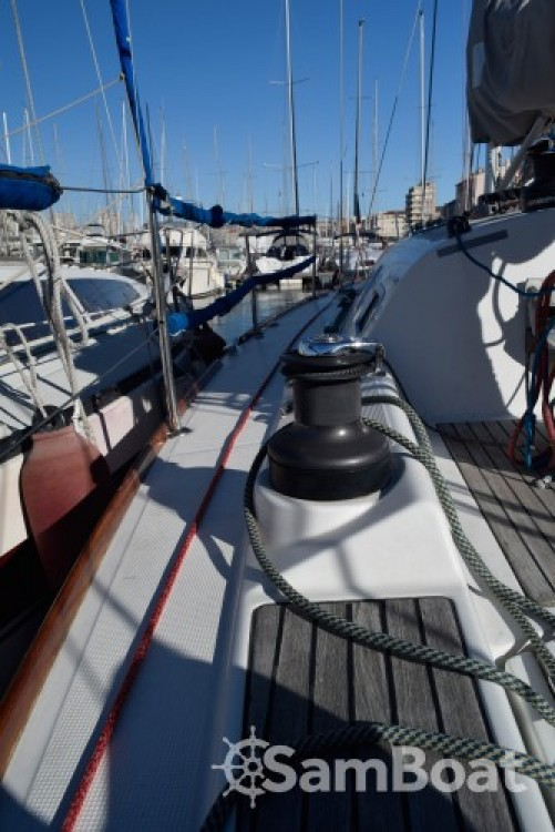 Location bateau Marseille pas cher First 36.7