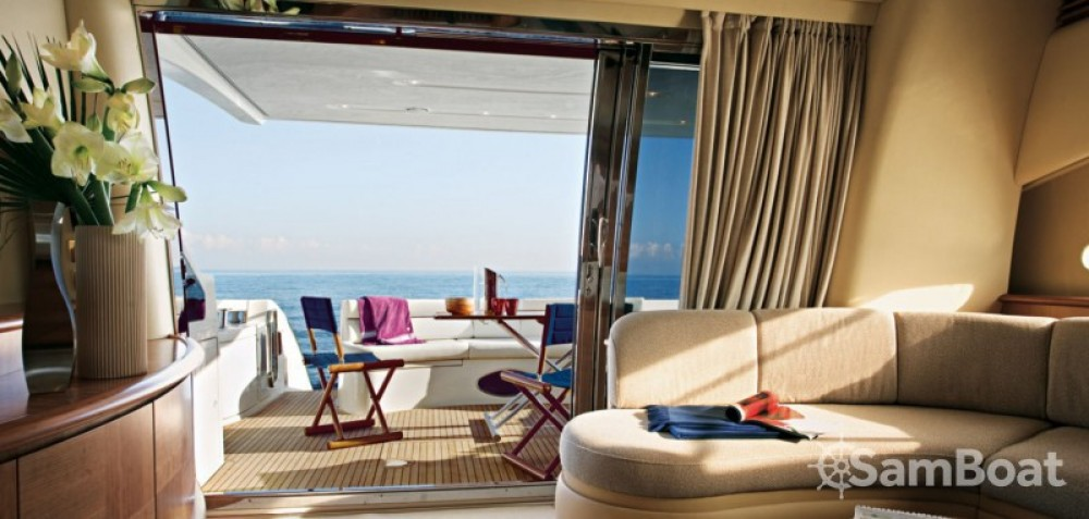 Location Yacht à Cannes - Azimut 19