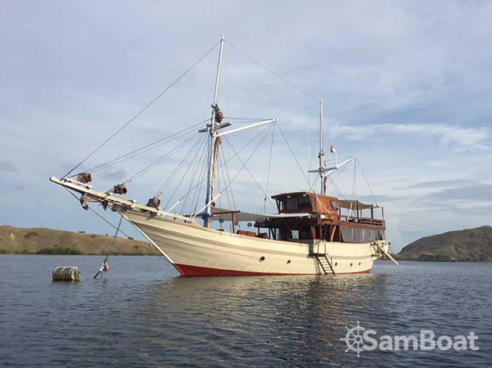 Location Voilier à Labuan Bajo - Unique boat