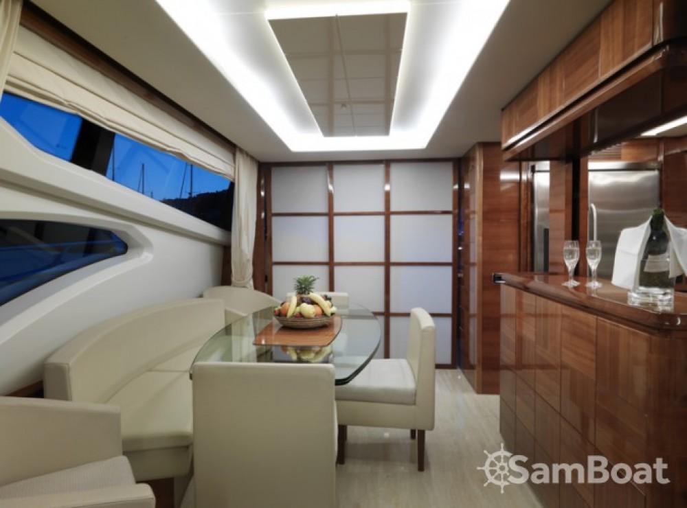 Location Yacht à Cannes - Azimut 22