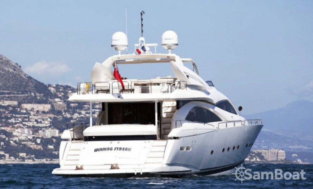 Location yacht à Saint-Tropez - Sunseeker 28 sur SamBoat