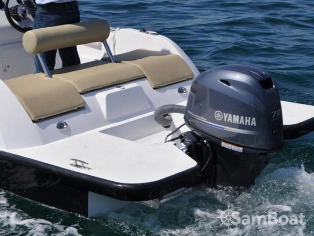Louer Bateau à moteur avec ou sans skipper V2-Boat à Formentera