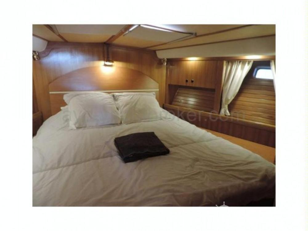 Location yacht à Bormes-les-Mimosas - Kirie Prestige sur SamBoat