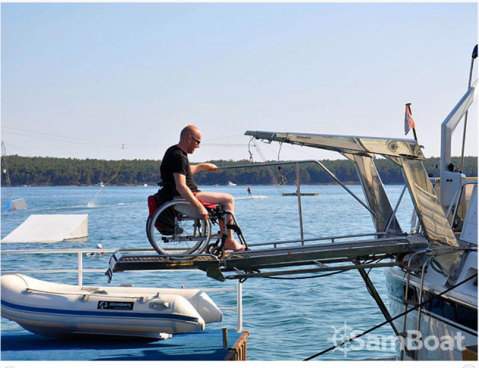 Louer Bateau à moteur avec ou sans skipper Trawler à Zadar