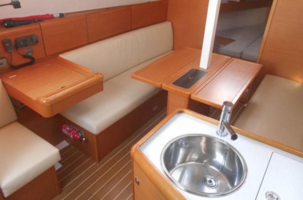 Louer Voilier avec ou sans skipper Jeanneau à Saint-Malo