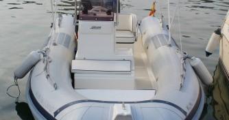 Louez un Joker Boat Coaster 470 à Valence