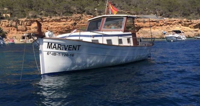 Location bateau Copino Llaut copino 44 à Cala Tarida sur Samboat