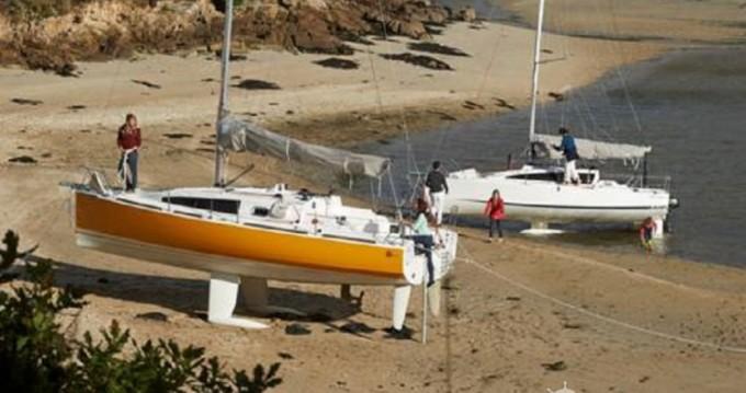 Location bateau La Rochelle pas cher Django 6.7