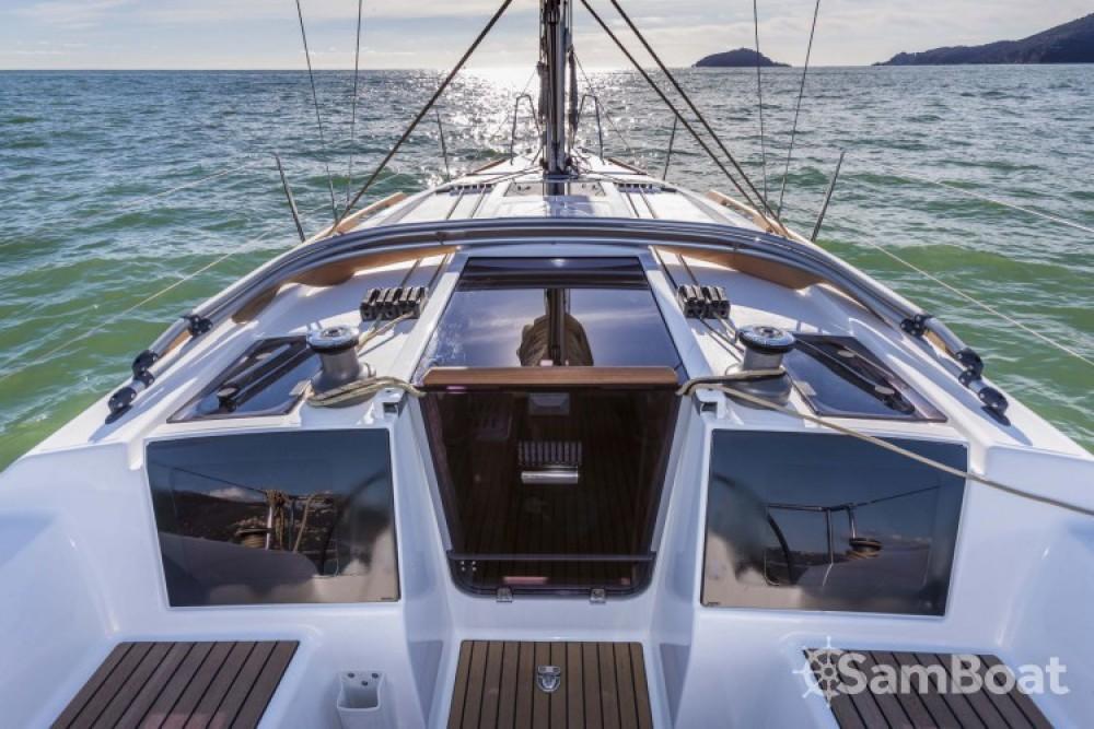 Location bateau La Rochelle pas cher Dufour 310 Grand Large