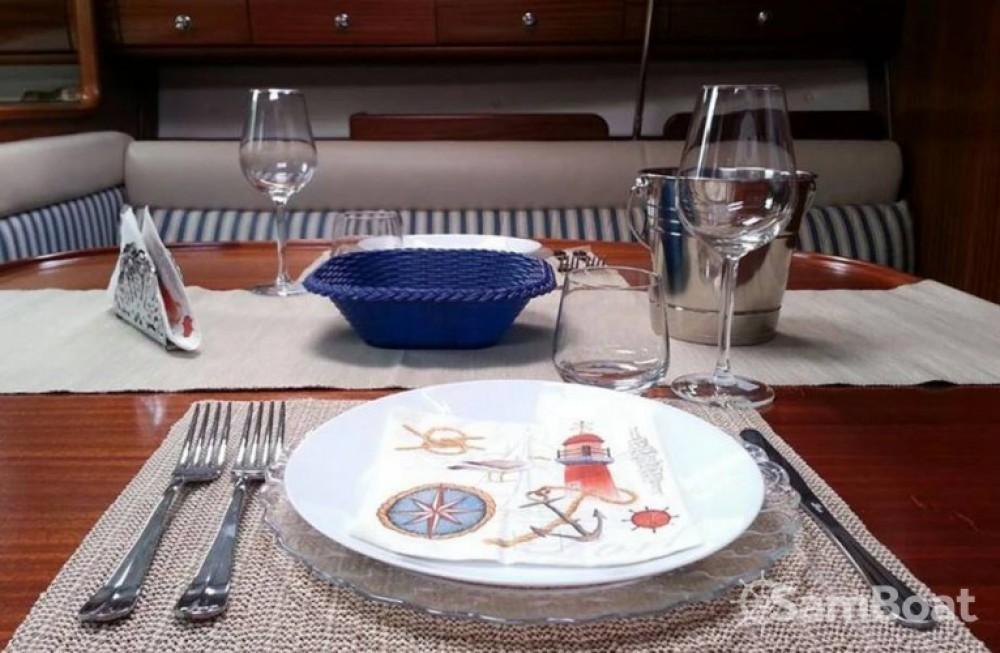 Bavaria Cruiser 36 entre particuliers et professionnel à Castellammare di Stabia