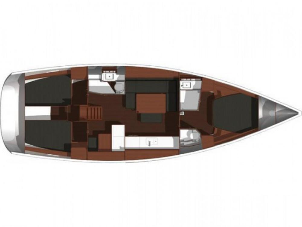 Location bateau Dufour Dufour 450 Grand Large à Capo d'Orlando Marina sur Samboat