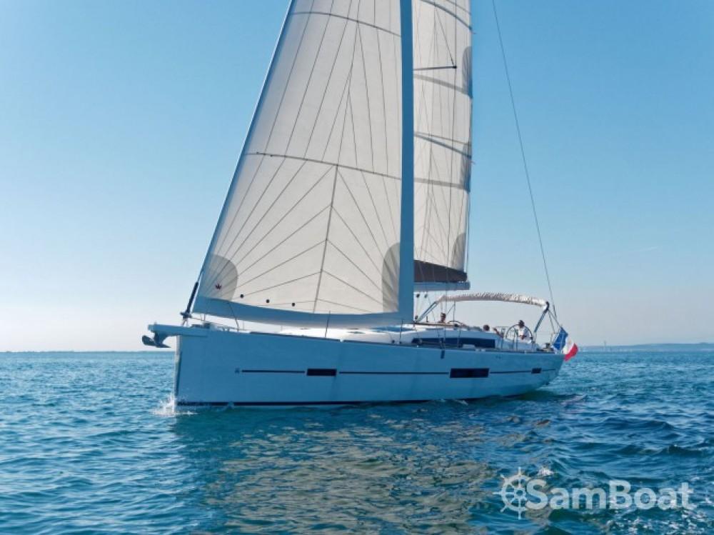 Location bateau Capo d'Orlando Marina pas cher Dufour 512 GL