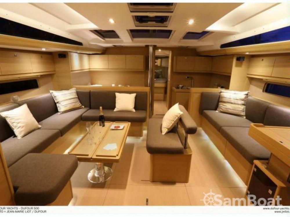 Location bateau Dufour Dufour 512 GL à Capo d'Orlando Marina sur Samboat