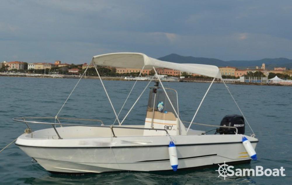 Louer Bateau à moteur avec ou sans skipper Gio-Marine à Livourne