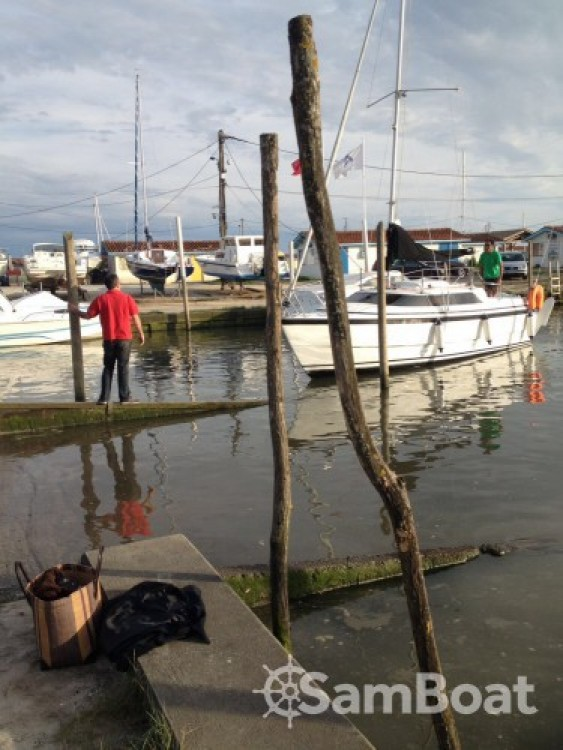 Hire Sailboat with or without skipper Mac-Gregor Andernos-les-Bains
