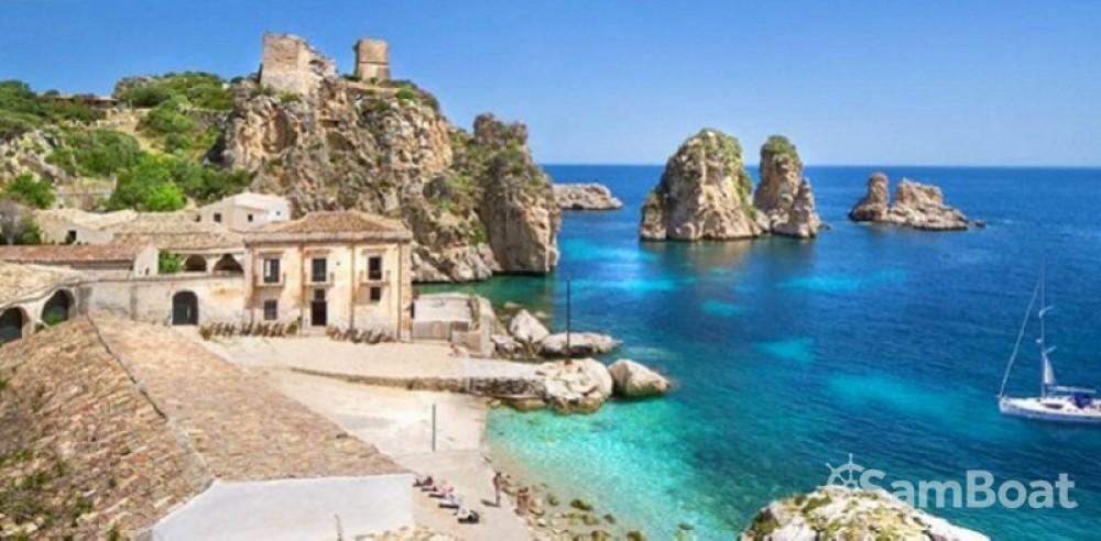 Noleggio Barca a vela con o senza skipper Delphia Marsala