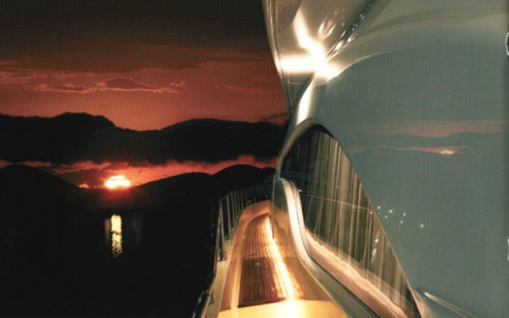 Louez un Ferretti yacht à Myconos