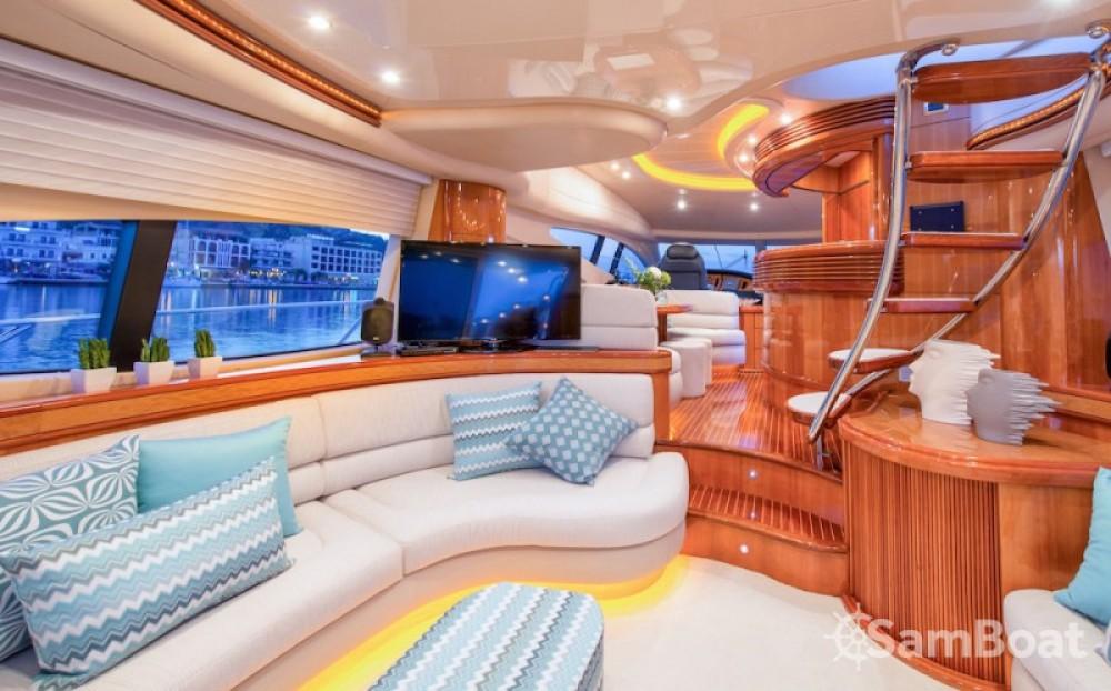 Location bateau Laganas pas cher yacht
