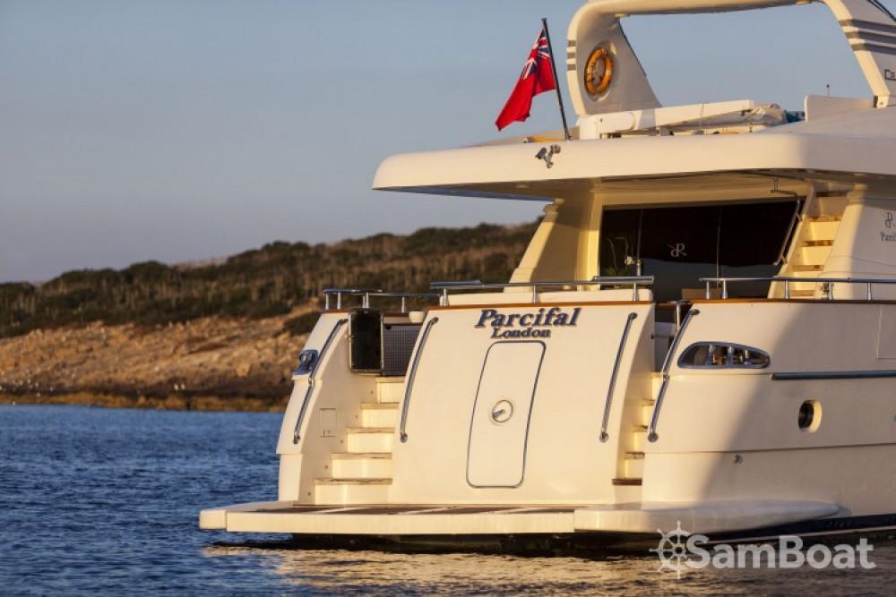 Location bateau Canados yacht à Athènes sur Samboat