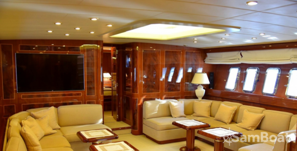 Location bateau Athènes pas cher overmarine