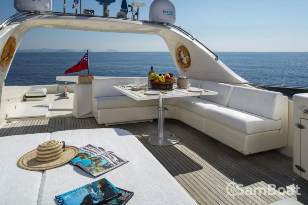 Louer Yacht avec ou sans skipper Canados à Athènes
