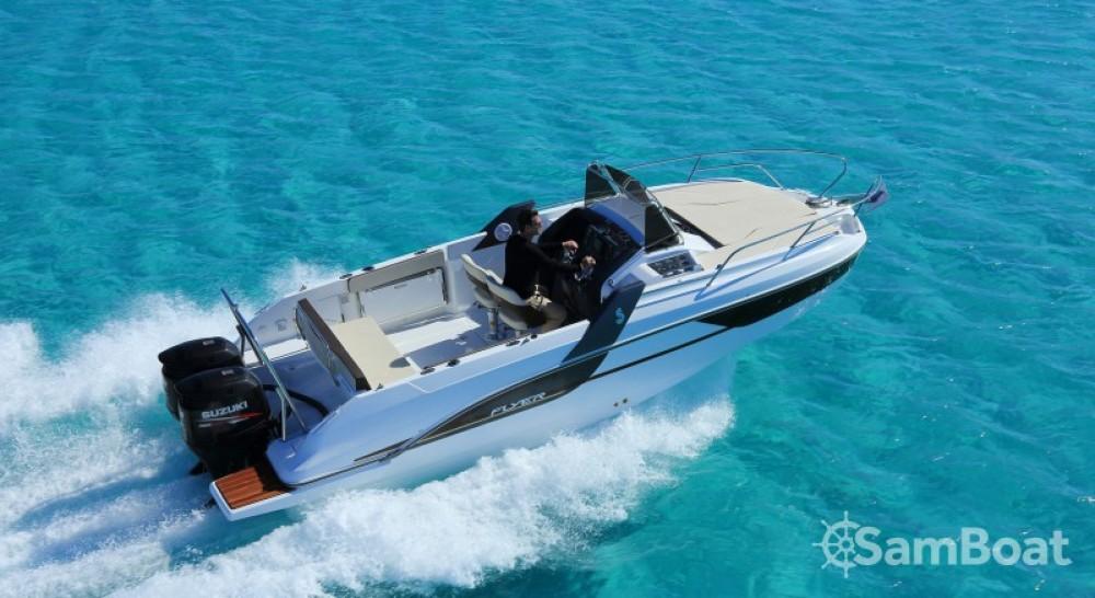 Location bateau Cogolin pas cher Flyer 7 SUNdeck