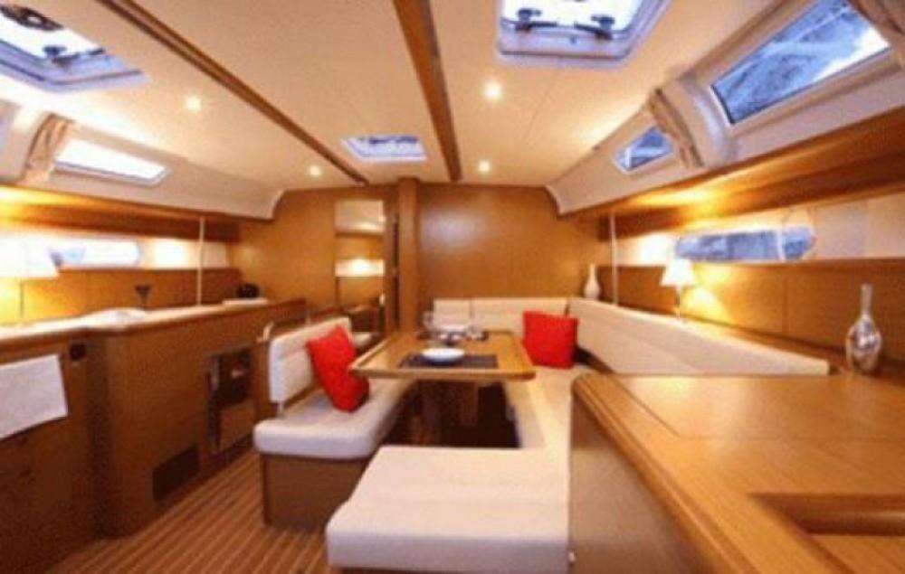 Rental yacht Sant Jordi de ses Salines - Jeanneau Sun Odyssey 43 on SamBoat