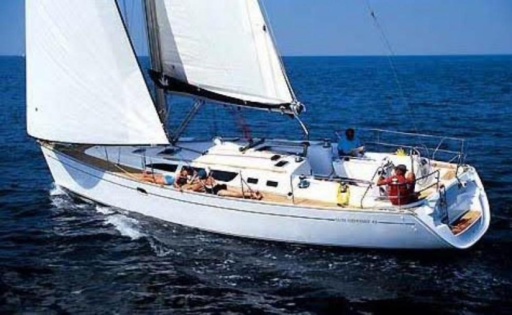 Location yacht à Sant Jordi de ses Salines - Jeanneau Sun Odyssey 43 sur SamBoat