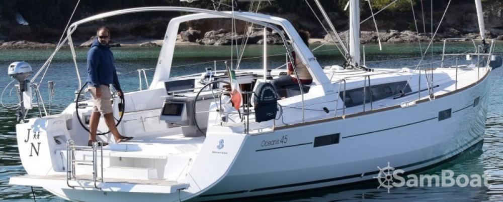 Location bateau Cagliari pas cher Oceanis 45