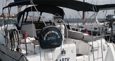 Bénéteau Oceanis 393 Clipper entre particuliers et professionnel à Carloforte