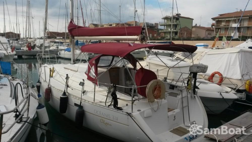 Rental yacht Olbia - Bénéteau Oceanis 331 Clipper on SamBoat