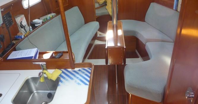 Louez un Bénéteau Oceanis 331 Clipper à Provincia di Olbia-Tempio