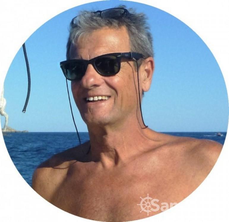 Rental Sailboat in Olbia - Bénéteau Oceanis 331 Clipper
