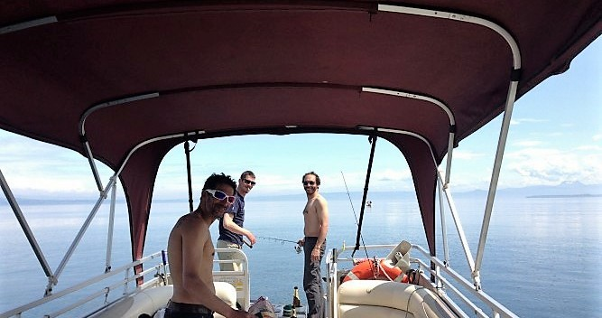 Supra-Le-Grebe Bateau terrasse entre particuliers et professionnel à Sciez