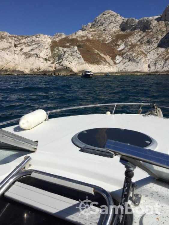 Location yacht à Marseille - Four Winns Sundowner 205 sur SamBoat