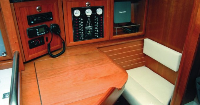 Location bateau Elan Elan 37 à Leça da Palmeira sur Samboat