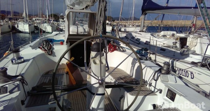 Location bateau Golfo Aranci pas cher Hanse 400