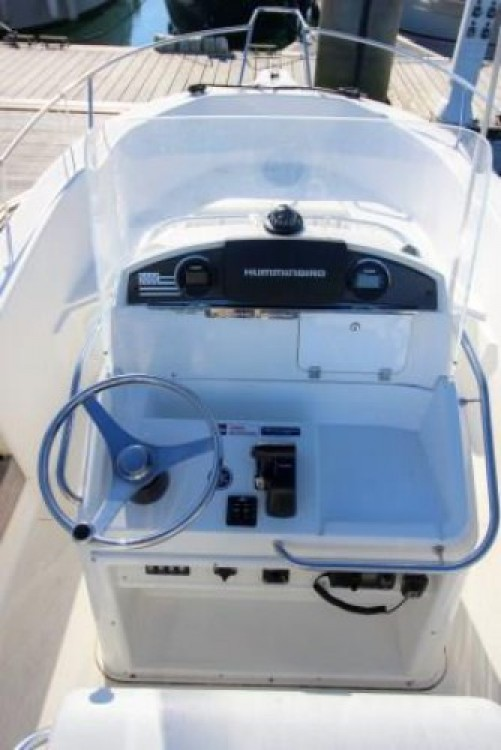 Location Bateau à moteur à Port Haliguen - White Shark White Shark 205