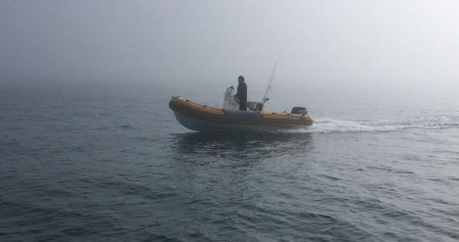 Louer Semi-rigide avec ou sans skipper Bwa à Locmiquélic