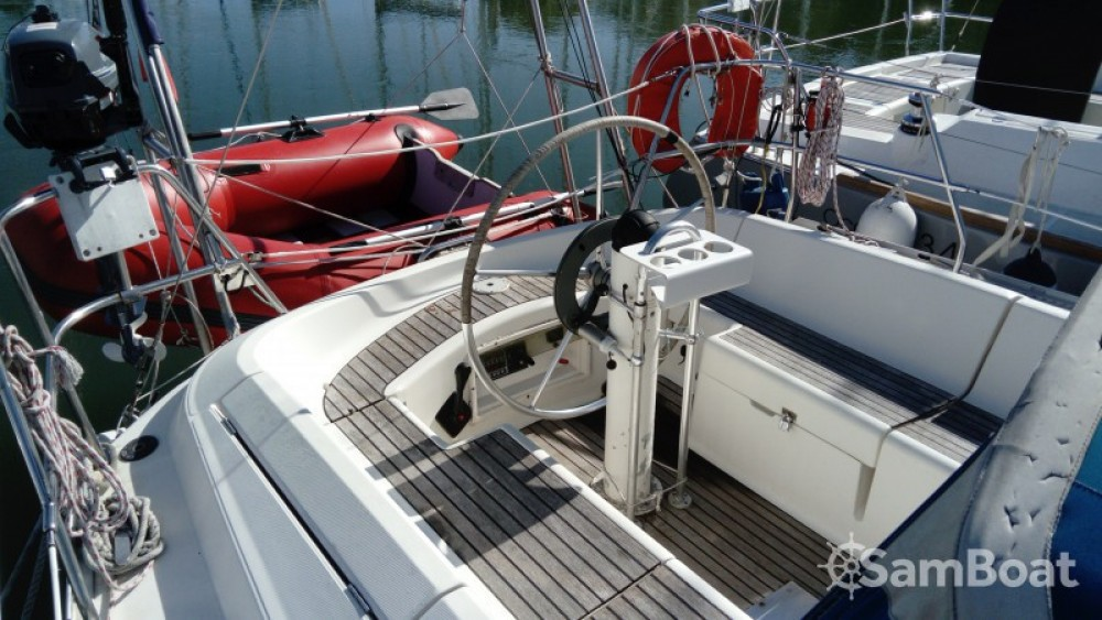 Alquiler de yate Bénodet - Jeanneau Sun Odyssey 33.1 en SamBoat
