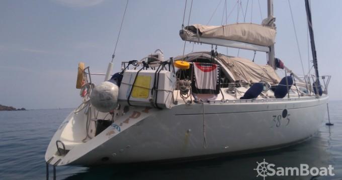 Location bateau Bénéteau First 38 S5 à Villefranche-sur-Mer sur Samboat