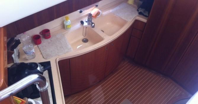 Location bateau Porto San Giorgio pas cher Azimut 46